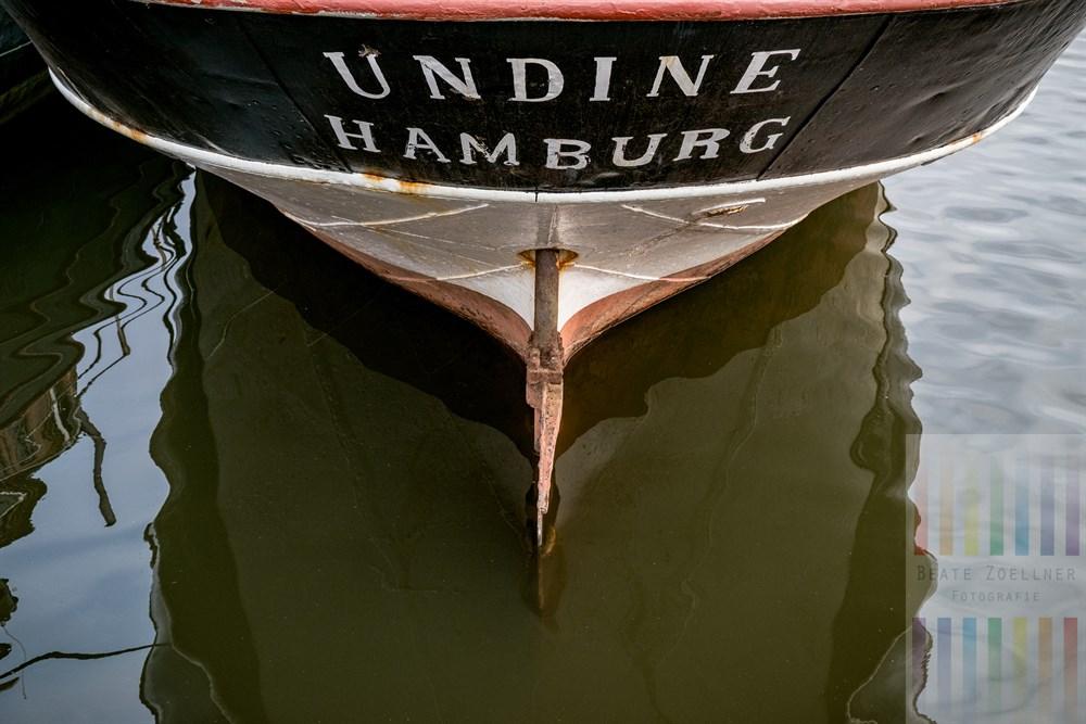 """Der Frachtsegler """"Undine"""" war früher als Linienschiff zwischen Hörnum/Sylt und Hamburg eingesetzt. Nun rostet das Schiff im Harburger Museumshafen vor sich hin"""