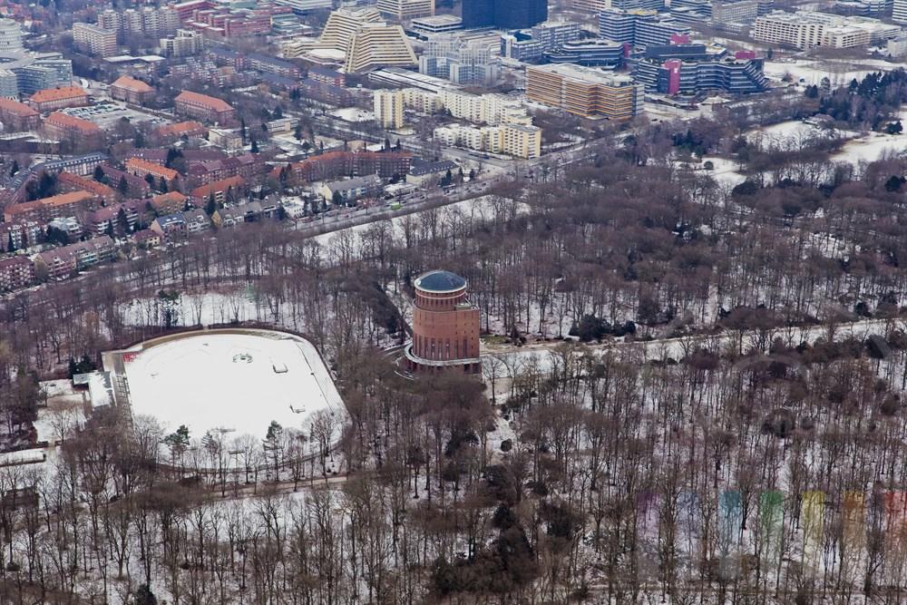 Luftfoto: Stadtpark mit Planetarium - im Hintergrund die City Nord