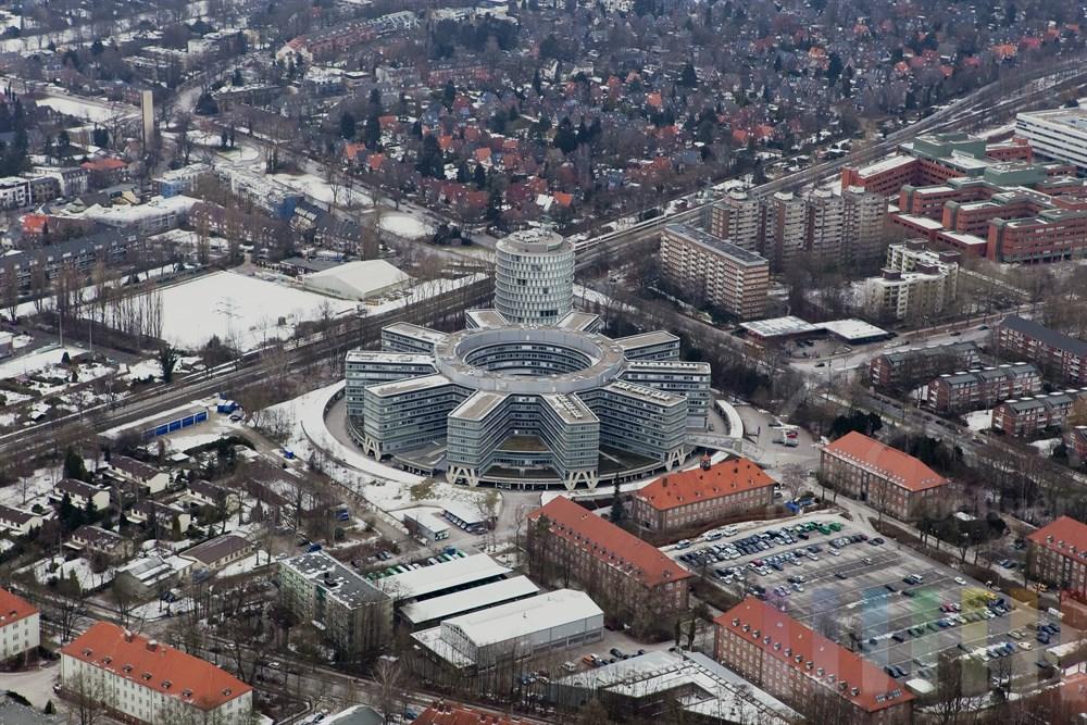 Luftfoto Polizei-Praesidium Hamburg, winterlich