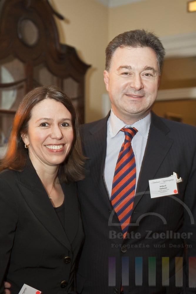 Arthur Ernesto Darboven mit Ehefrau Carolina Darboven anlaesslich des Blankeneser Neujahrsempfang 2011
