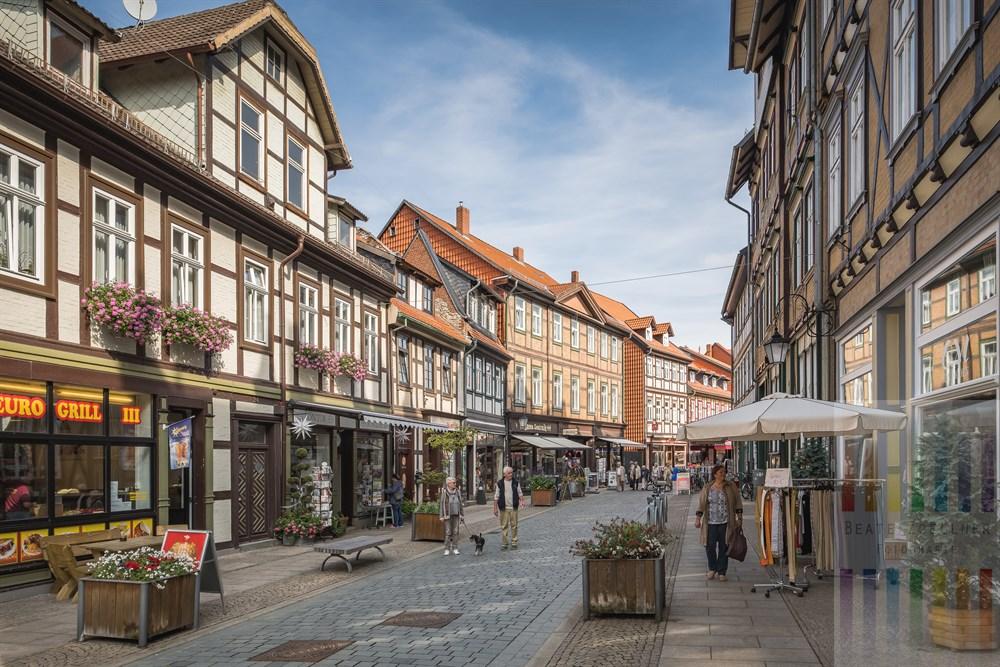Fußgängerzone und Einkaufsstraße Westernstraße in Wernigerode im Harz