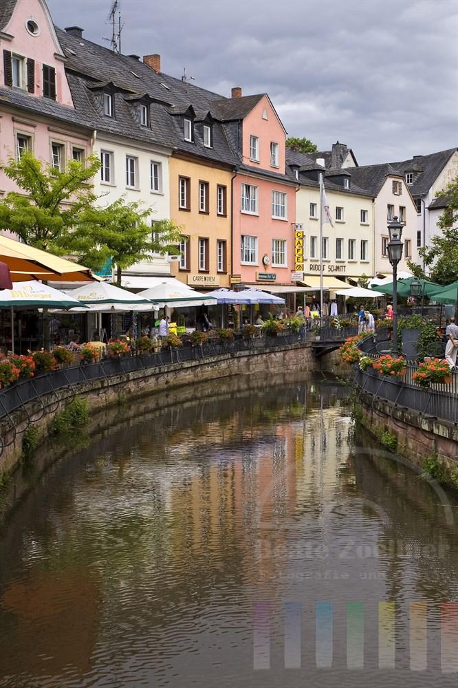 Der Leukbach fliesst mitten durch die Altstadt von Saarburg an der Saar