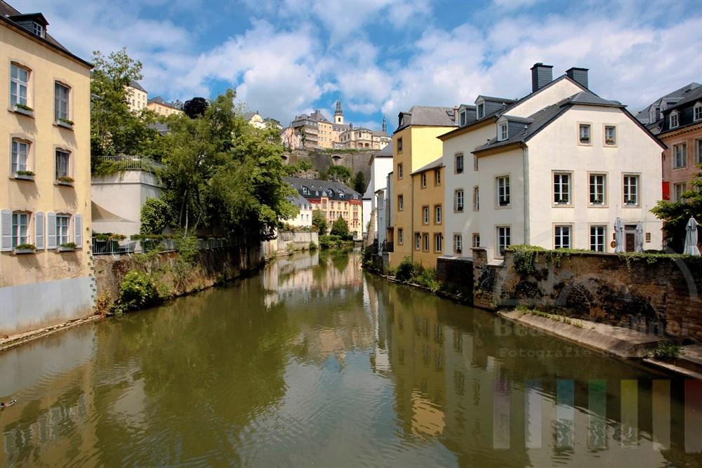 Der  idyllische Stadtteil Grund liegt unterhalb der Altstadt von Luxemburg liegt am Ufer des Flusses Alzette