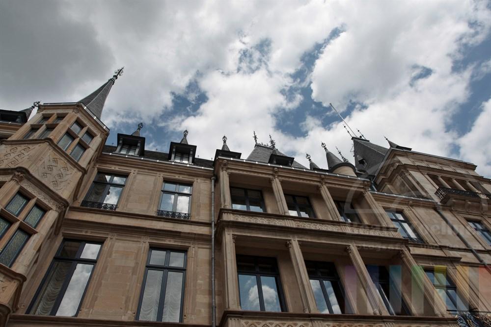 Der Palast des Grossherzogs von Luxemburg liegt mitten in der City
