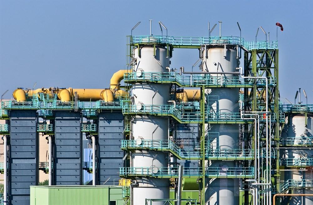 Detail eines riesigen Industriekomplexes in Duisburg