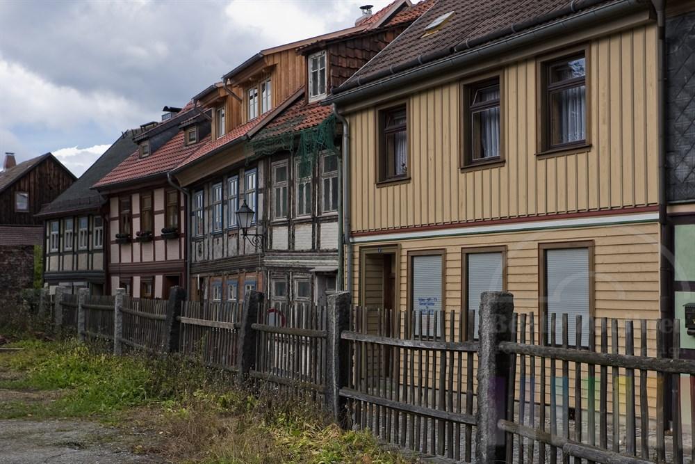 marode historische Häuserzeile in Wernigerode